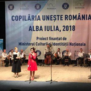 """,,Copilăria unește România""""!"""