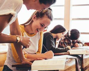 Peste 2500 de absolvenți ai clasei a XII-a vor susține Examenului Național de Bacalaureat 2020 în județul Alba