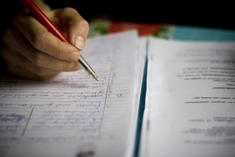Teste de antrenament pentru elevii claselor a VIII-a și a XII-a care se pregătesc de Evaluarea Națională și Bacalaureat 2021 au fost publicate de Ministerul Educației